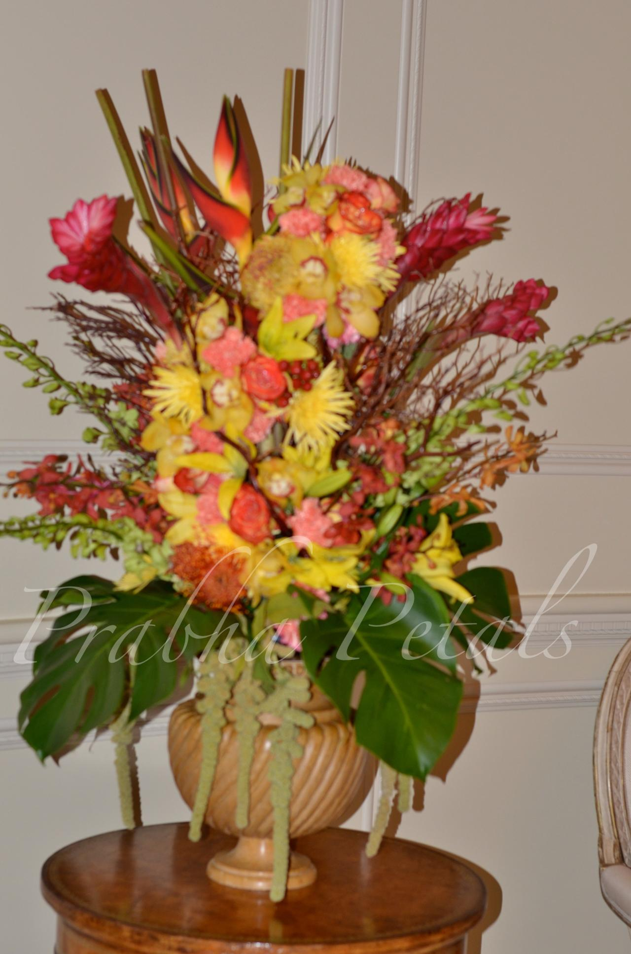 Prabha petals floral decor for Foyer flower arrangement